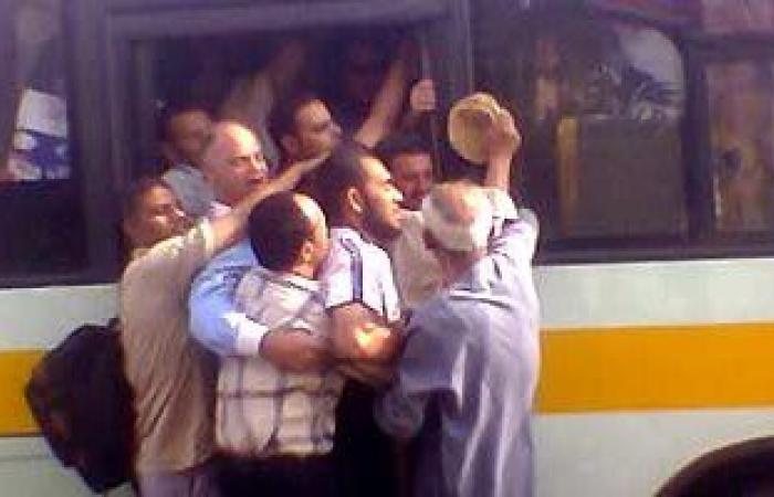 """رئيس هيئة النقل العام: """"نفسى أشوف راكب واحد واقف فى الأتوبيس"""""""