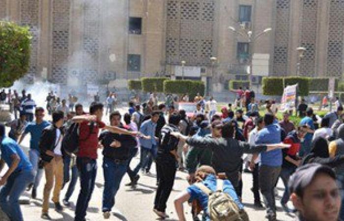 حجز 8 طلاب ضبطوا باشتباكات جامعة القاهرة لحين ورود تحريات الأمن