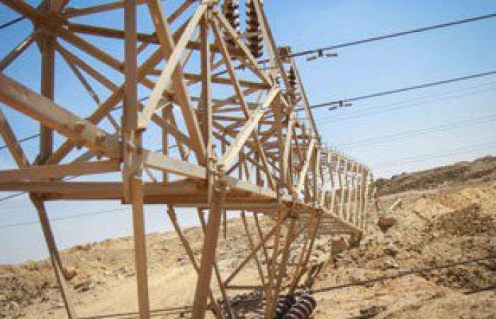 إرهابيون يفجرون برجى كهرباء فى قرية بقنا