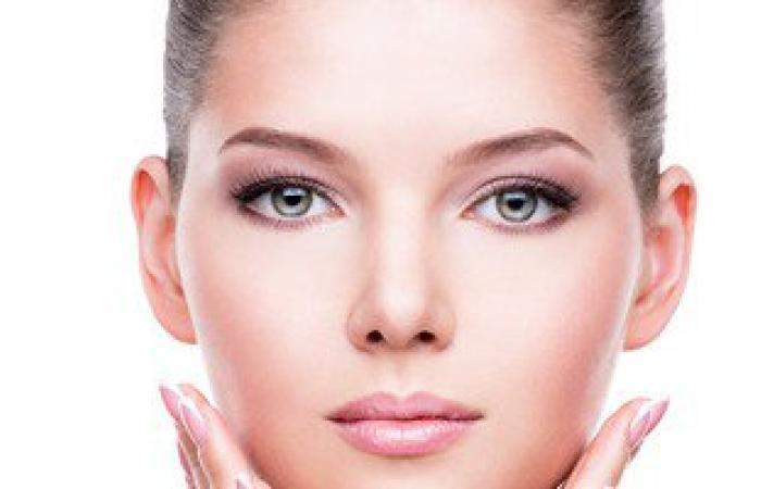 6 نصائح للحفاظ على بشرتك.. أهمها وصفة ماء الورد والحليب