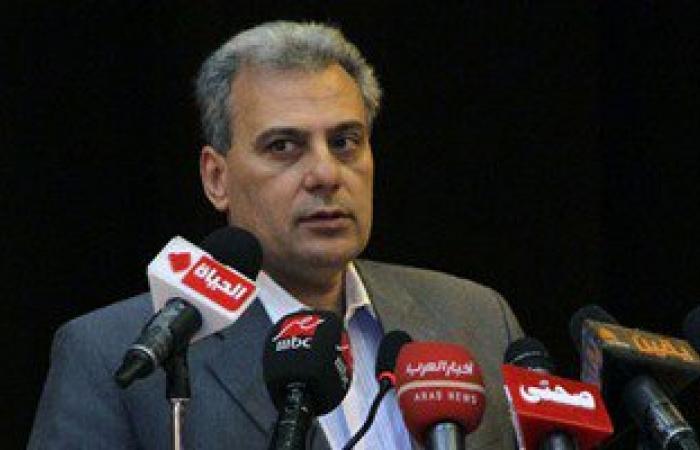 رئيس جامعة القاهرة: أشارك زوجتى فى غسيل المواعين ولدى خبرة بأعمال الدهان