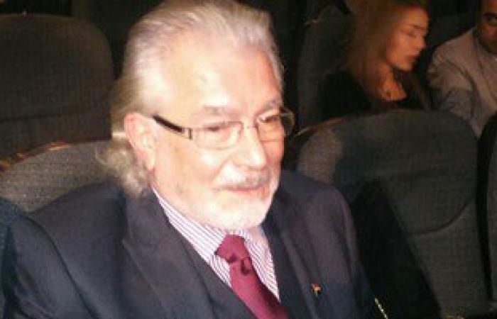 محكمة جنح أول أكتوبر تحكم اليوم على حسين فهمى بتهمة سب محمود قابيل