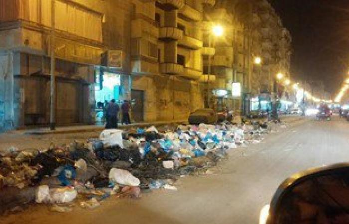 """""""واتس آب اليوم السابع"""": القمامة تغرق شارع الحديد والصلب بالإسكندرية"""