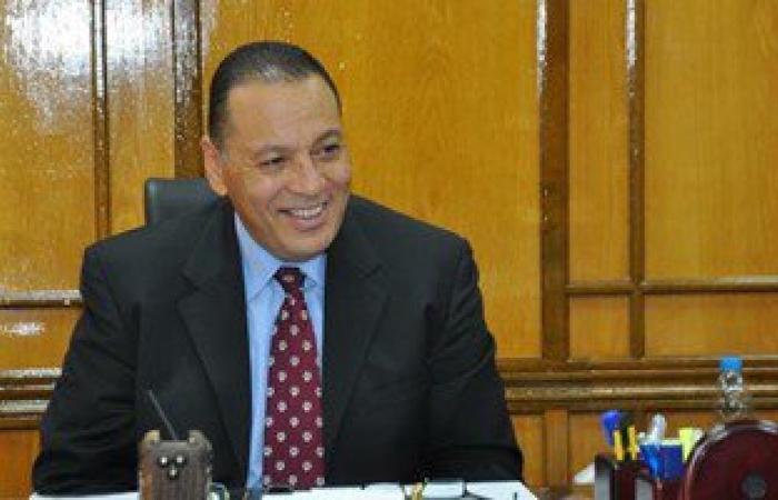 رئيس جامعة قناة السويس يقرر استبعاد الجهاز الإدارى للمستشفى التخصصى