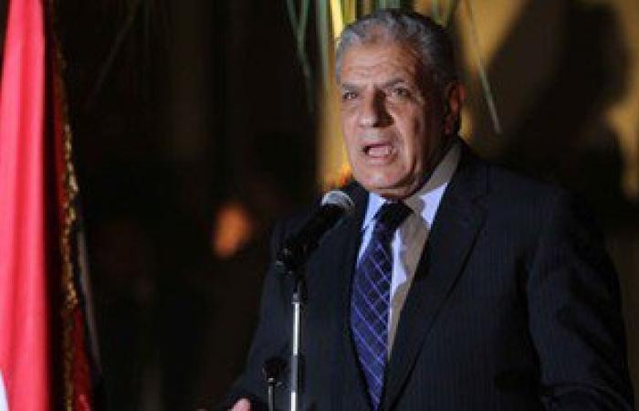 محلب ووزير الاستثمار يزوران مقر البورصة المصرية 