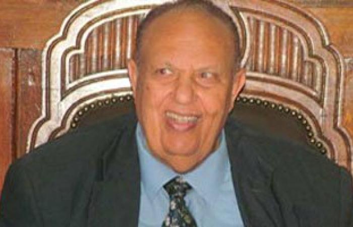 رئيس استئناف القاهرة السابق: أحكام القضاء الضمان لاستعادة الأموال المهربة