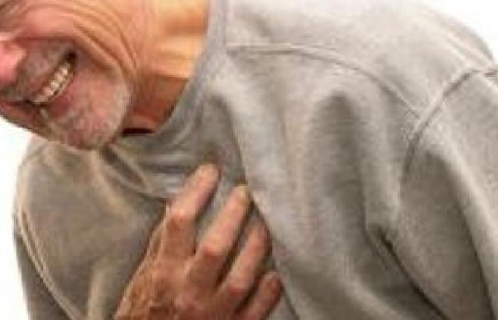 مشاكل ضغط الدم فى العشرينات ترفع من خطر الإصابة بأمراض القلب فى سن 50