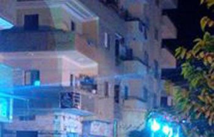 بالصور.. شارع الدقهلية بالإسماعيلية يغرق فى مياه الصرف الصحى