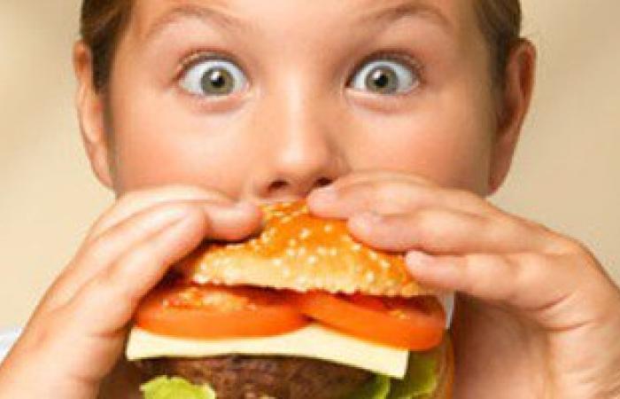 حافظ على وزنك وابعد عن الأكلات السريعة.. تقى نفسك من السكر