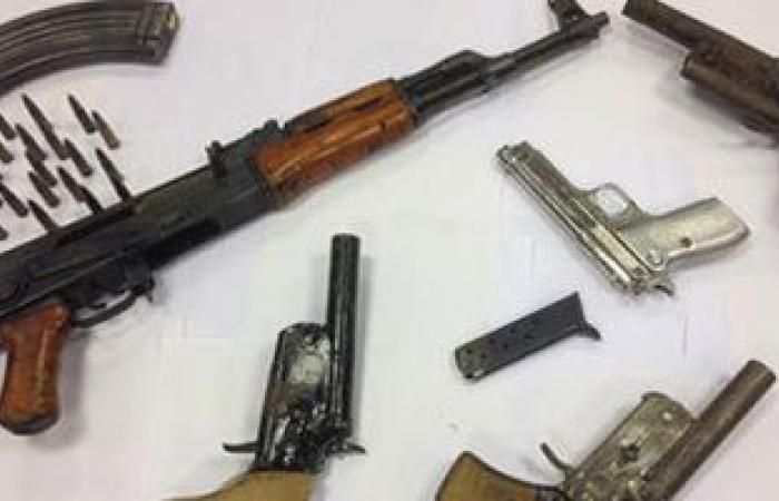 ضبط أسلحة نارية و3 كيلو بانجو بحوزة مسجل خطر وهارب من مؤبد بكفر الشيخ