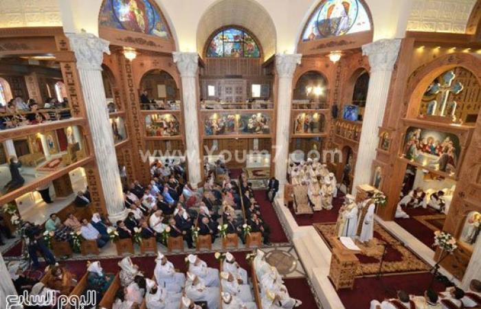 البابا تواضروس يدشن كنيسة بوكالة البلح ويؤكد: الخطية تجعل الإنسان أعمى