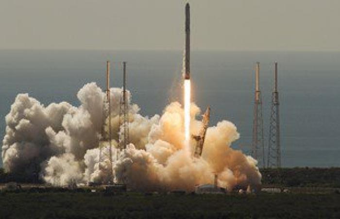 انفجار صاروخ فضائى يحمل مركبة بولاية فلوريدا الأمريكية