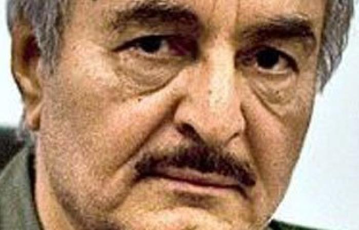 """""""حفتر"""" يكلف الداخلية الليبية بتأمين مطار الأبرق"""