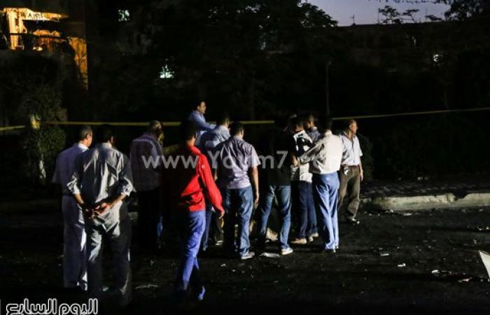 بالصور.. أشلاء ضحايا حادث انفجار سيارة بمحيط قسم شرطة ثان أكتوبر