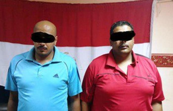 القبض على مسجلين خطر اعتديا بالأسلحة على صاحب محل وأشقائه بالإسماعيلية
