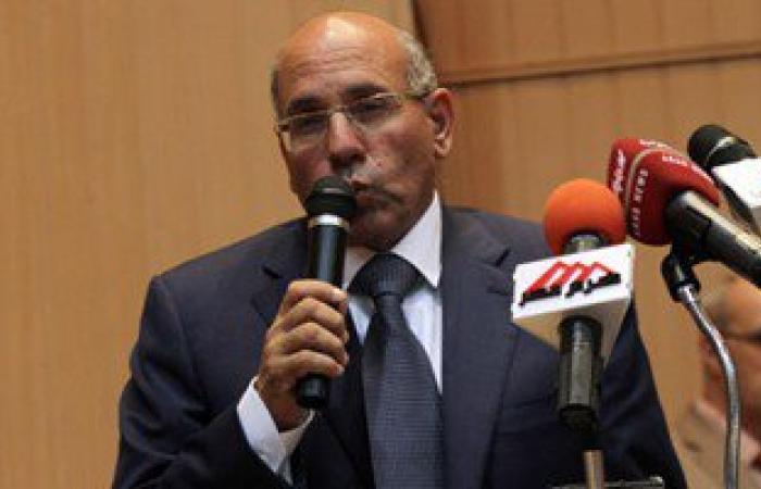 وزير الزراعة يكلف بتسهيل إجراءات تصدير المنتجات للأسواق السودانية
