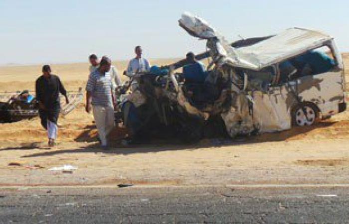 إصابة 7 فى انقلاب سيارة ميكروباص بطريق السويس القاهرة الصحراوى