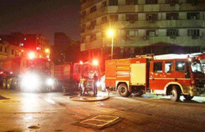 وصول خزانات مياه للجيش إلى مكان حريق سنترال العتبة بالقاهرة