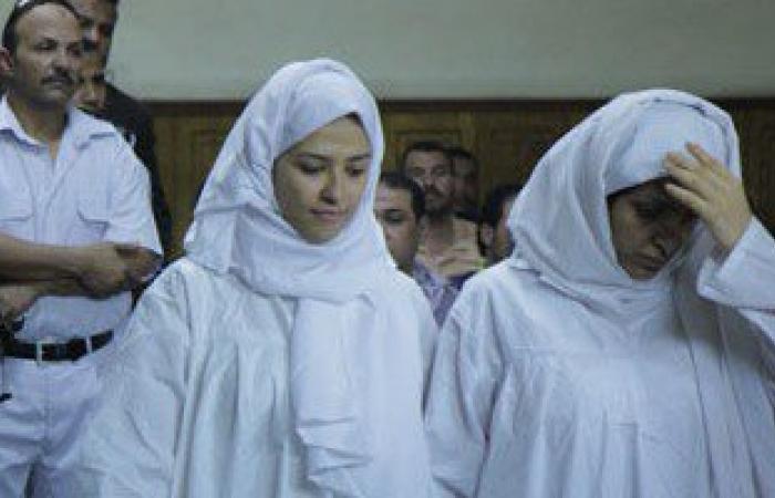 برديس وشاكيرا تصلان محكمة شمال الجيزة أثناء وجود صافيناز