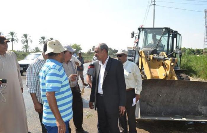 السكرتير العام لمحافظة الإسماعيلية يتابع أعمال تطوير طريق سرابيوم الترعة