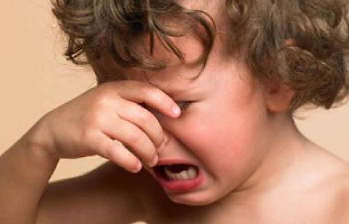 انتبه.. إهمال الأطفال وسوء معاملتهم يصيبهم بارتفاع الضغط فى سن البلوغ