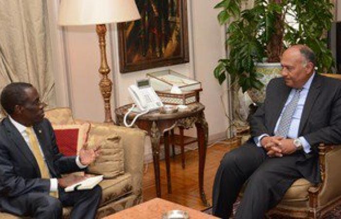 """وزير الخارجية يتجه لفرنسا وبريطانيا لإجراء مشاورات وافتتاح معرض """"أوزيريس"""""""