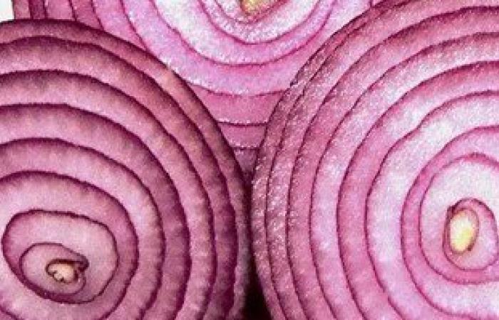 وصفة طبية من البصل تعالج تضخم الغدة الدرقية وتقتل البكتيريا