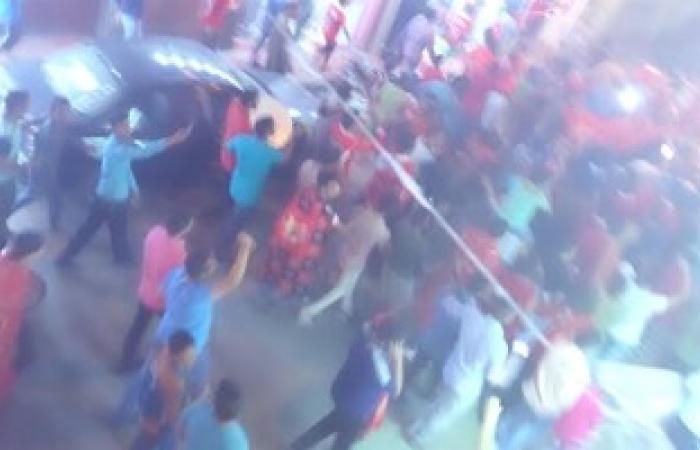 المئات من أهالى قنا يخرجون بالشوارع للاحتفال بفوز الأهلى بكأس السوبر