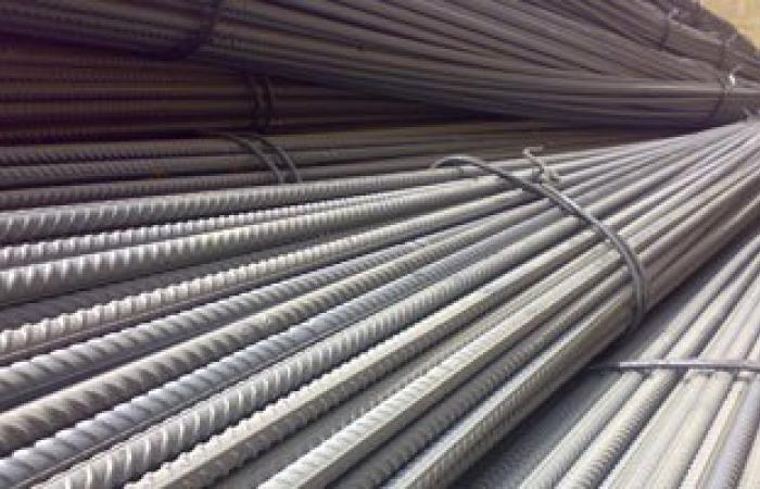 ضبط 2 طن حديد تسليح مجهول المصدر داخل مخزن مواد بناء بالمنوفية