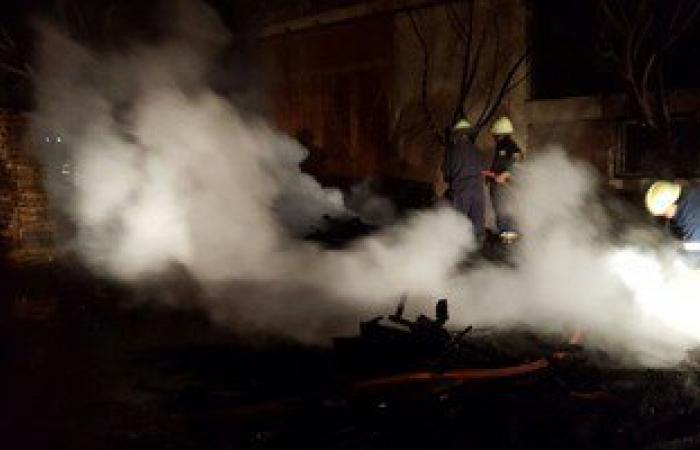 بالصور.. 15 سيارة إطفاء تسيطر على حريق هائل بمخزن ملاصق لمحطة وقود بأكتوبر