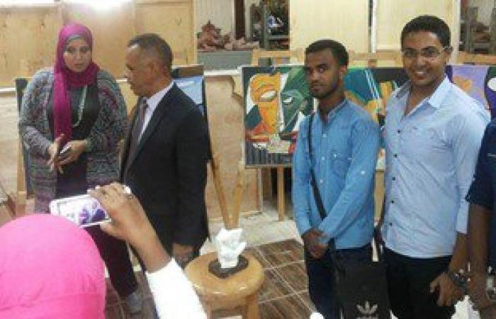 بالصور.. افتتاح المعرض الأول للتصوير بجامعة أسوان