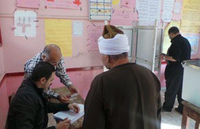 القبض على مندوب مرشح يوجه الناخبين أمام لجنة بالعريش
