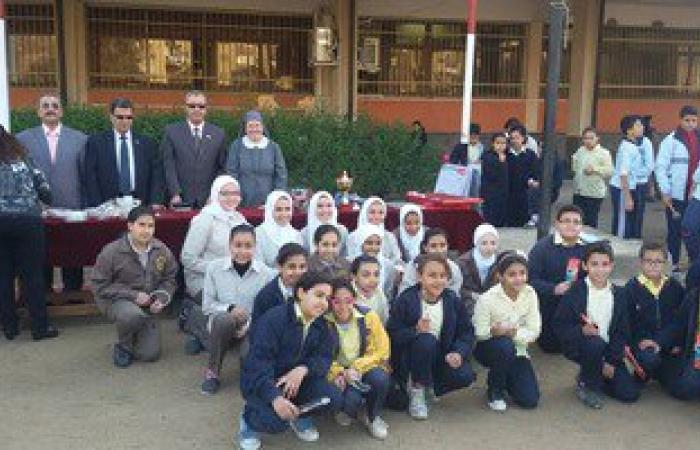 بالصور.. تكريم 157 من طلاب ومعلمى مدرسة لغات ببنى سويف
