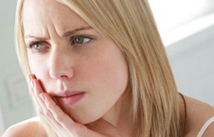 مفاجأة: الالتهابات المزمنة للأسنان واللثة أحد أسباب مرض الروماتويد