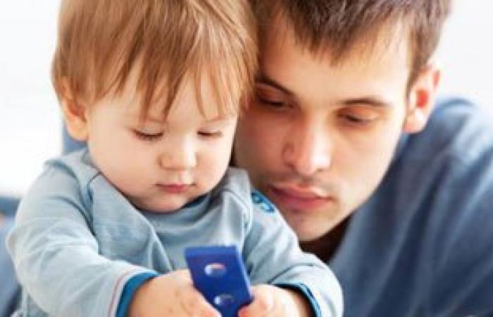 خطوات ليتعلم الطفل فن الإصغاء لوالديه ومعلميه