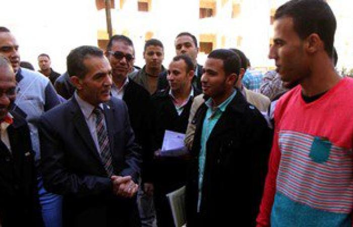 """رئيس جامعة الأزهر للطلاب: لا تستقوا معلوماتكم من موقع """"الفتنة بوك"""""""