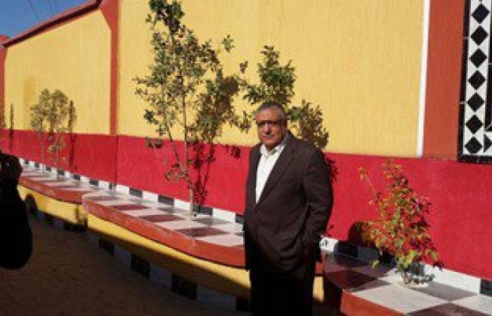 بالصور.. رئيس مدينة نجع حمادى يتفقد أعمال إعادة الإعمار بقرية الشيخ على
