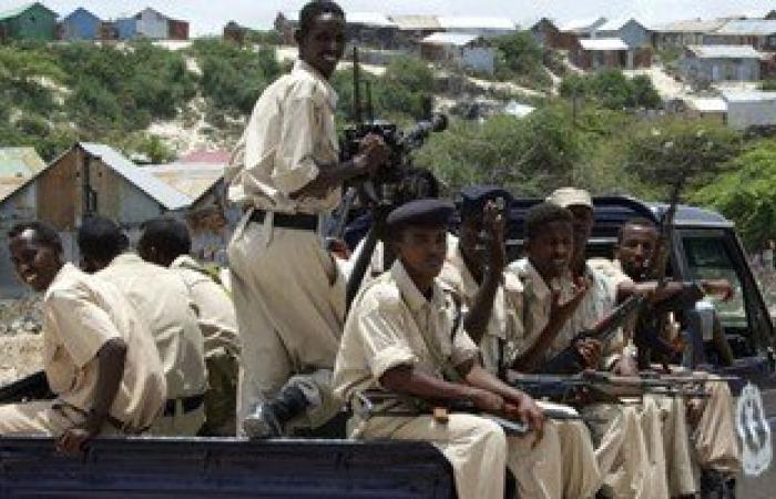 اعتقال 30 شخصا على خلفية تفجير قافلة أمنية بقنبلة فى الصومال