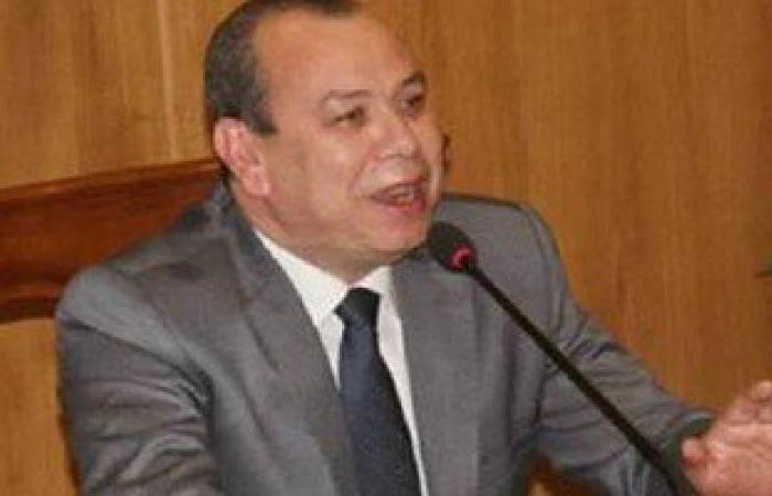 """محافظ دمياط يستجيب لشكوى شباب """"الخياطة"""" برفع عامود كهرباء من وسط الطريق"""