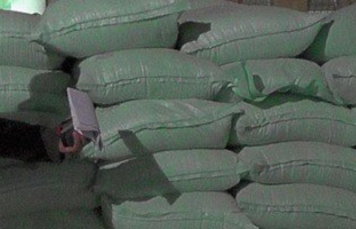 ضبط 4 أصحاب مخابز بسوهاج لبيعهم 22 طن دقيق فى السوق السوداء