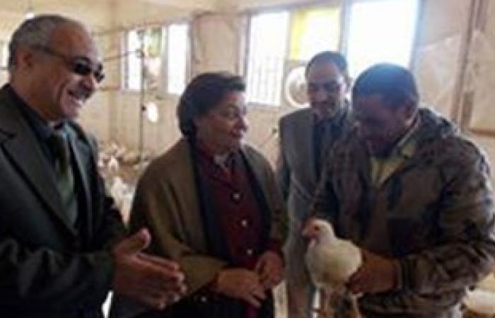 مديرية تعليم الإسماعيلية تكرم العاملين بمدرسة القنطرة غرب الزراعية