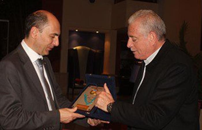 محافظ جنوب سيناء يكرم السفير الأوكرانى ويشكره على موقف بلاده تجاه مصر