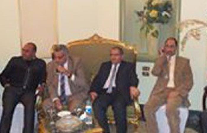 فؤاد أباظة يستثنى ثروت سويلم من اجتماع  نواب الشرقية بسبب خلافات شخصية