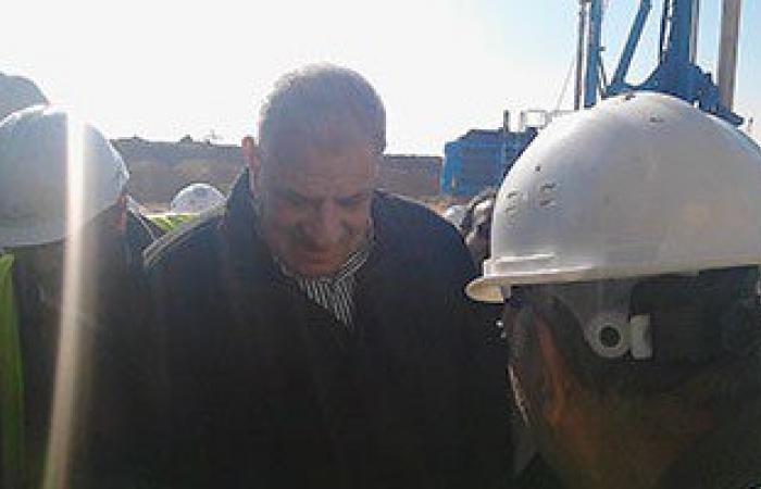 اجتماع لمحلب والوزير مع رئيس موانئ بورسعيد لمناقشة المشروعات بمحور القناة