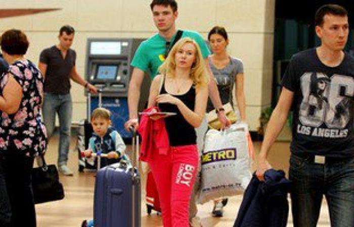 مطار شرم الشيخ يستقبل 2549 سائحا و35 رحلة دولية