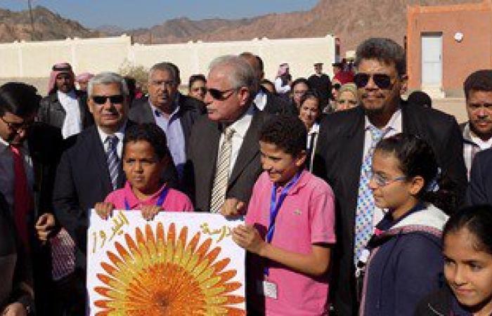محافظ جنوب سيناء يلتقى وزير التعليم ويبحث استكمال مسابقة الـ30 ألف معلم