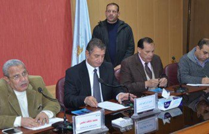 محافظ كفر الشيخ ومدير الأمن يبحثان مشاكل الصيادين والتعديات ببحيرة البرلس