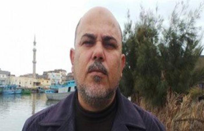 نقيب الصيادين بكفر الشيخ يطالب المحافظ بالتدخل لحل مشاكل الصيادين