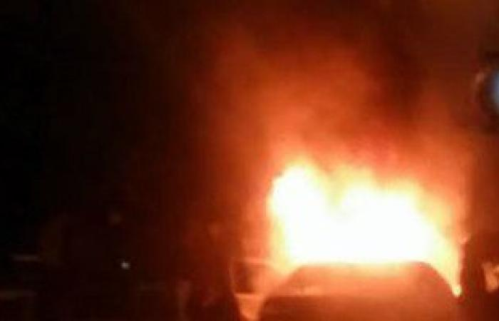 اشتعال النيران فى سيارة ملاكى بالقرب من متحف الإسماعيلية