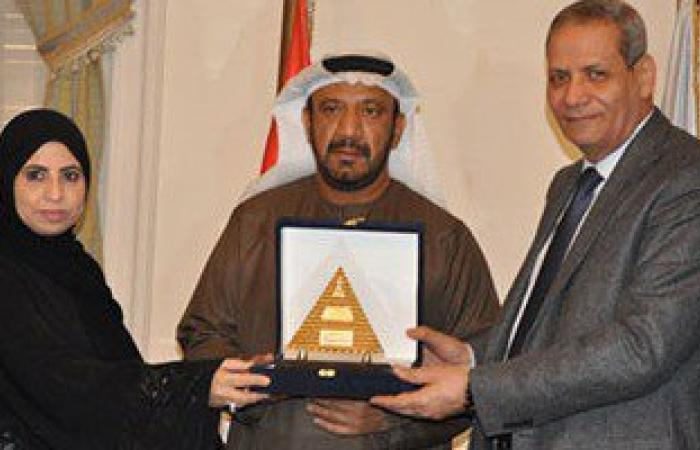 """التعليم: فوز 56 مصرياً بجائزة """"خليفة التربوية"""" بالإمارات بينهم 39معلماً"""